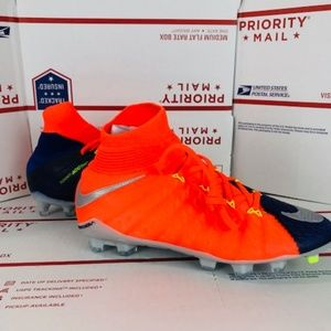 Nike Shoes - NIKE JR HYPERVENOM PHANTOM 882087-409 eae6b7cd2f93